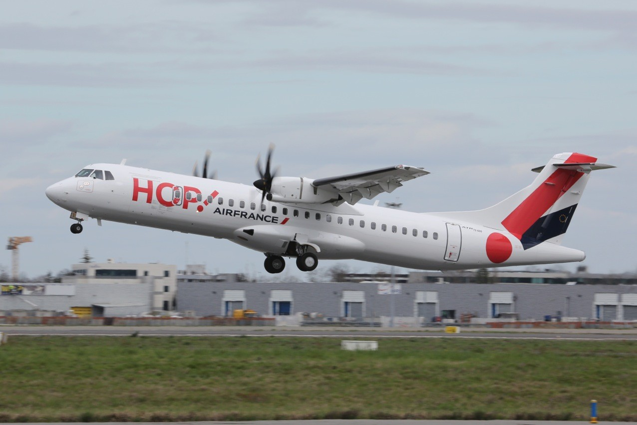 l atr 72 600 rejoint la flotte de hop air france la semaine de castres. Black Bedroom Furniture Sets. Home Design Ideas